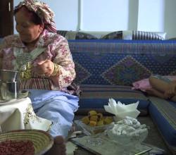 Libyan Flavours - Tea __ نكهات ليبية - الشاي - YouTube - Google Chrome 11062014 113146 AM
